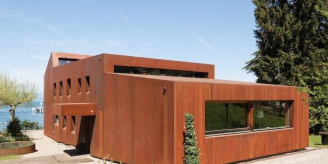 Künstlerisch gestaltetes See-Haus in Frankreich wird versteigert